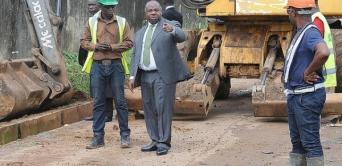 Visite inattendue d'Ali Bongo sur les chantiers de Libreville
