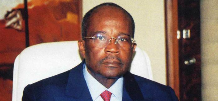 Oye Mba appelle au rejet de la candidature d'Ali Bongo