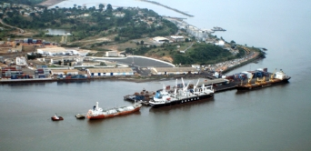 Lutte contre la vie chère : un port comme solution ?