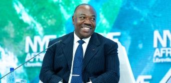 Présidentielles : Ali Bongo invective