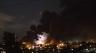 Des manifestants incendient l'Assemblée Nationale