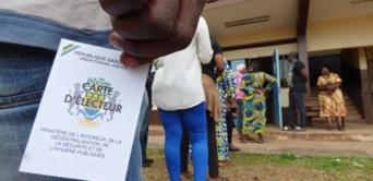 Législatives : vers un « raz-de-marée » en faveur du pouvoir ?