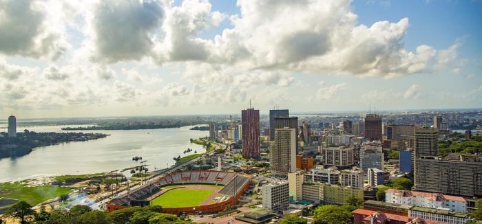 Covid-19 : en Côte d'Ivoire, le couple présidentiel s'engage dans la lutte contre l'épidémie